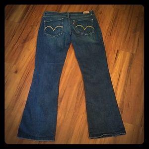 Levi's boot cut 524 low rise jean